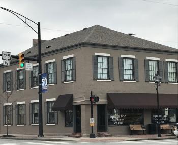 use Sq1 Centerville front corner street