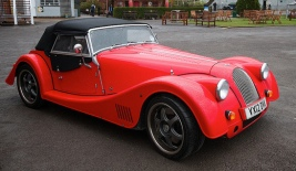 use Vintage Morgan car1 red