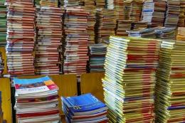 books-2547179_1280